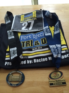 Shirt and 2 medals